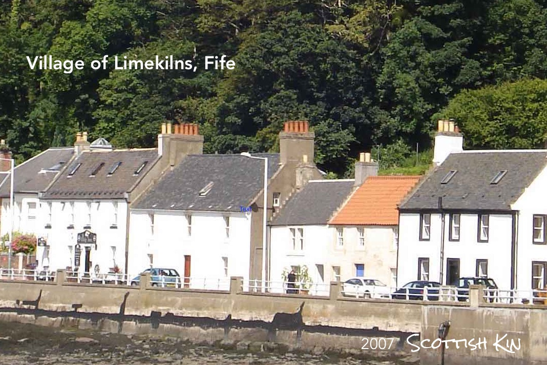Image of houses in the village of Limekilns in Fife